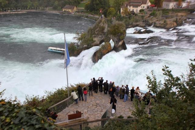 Bir Doğa Harikası: Rheinfall galerisi resim 13