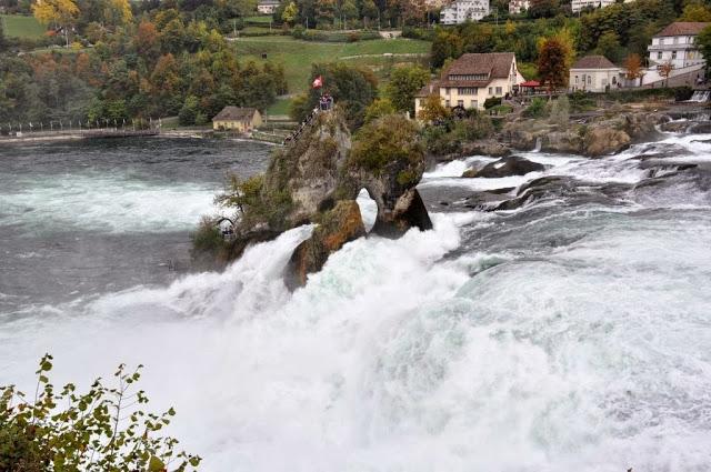 Bir Doğa Harikası: Rheinfall galerisi resim 8