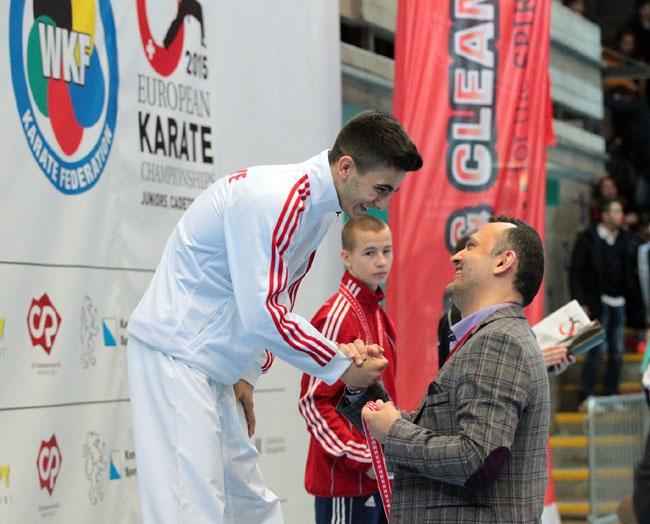 Milli Karateciler'den 2 günde 3 madalya galerisi resim 4
