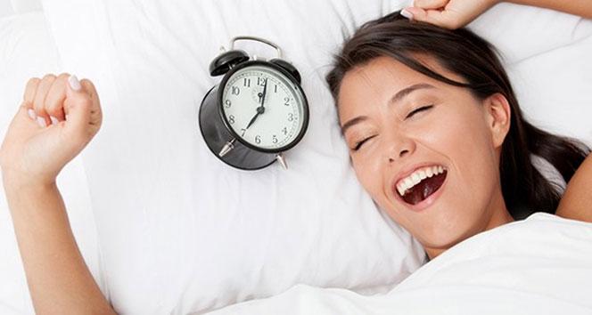 10 adımda mutlu uyanmanın yolları !