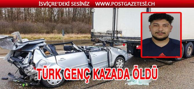 Trafik kazasında 1 Türk genci öldü