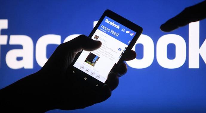 Facebook kullanıcılarını doğrudan takip ediyor