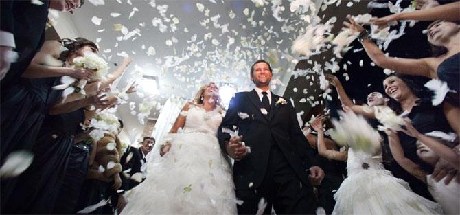 Düğünlerinizi Ölümsüzleştirmek için DERELİ COLOR'u seçin
