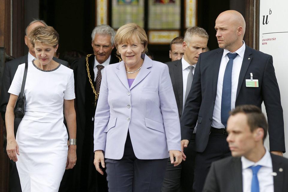 Merkel'den İsviçre'ye 7 Yıl Aradan Sonra Resmi Ziyaret