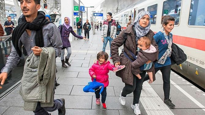 Suriyeli beklerken Afganlılar geliyor