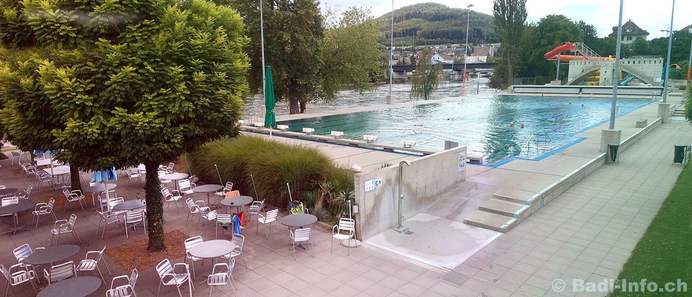 Yüzme havuzları boş kaldı