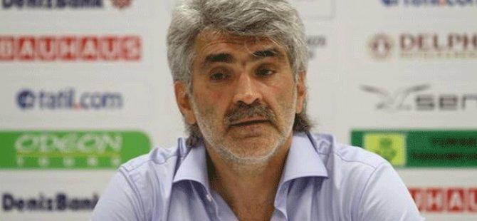 Türkiye'de gözaltı kararı çıkan Tütüneker'e şok