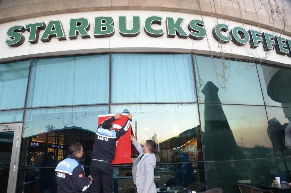 MHP'li başkan Adana'daki Starbucks'lara bunu yaptırdı!