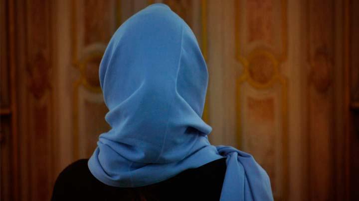 Tessin Kantonu'nda okullarda başörtüsü yasaklandı
