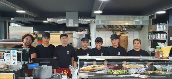 '' Pizzeria Liberty'' Pizza ve Döner Salonu Açıldı