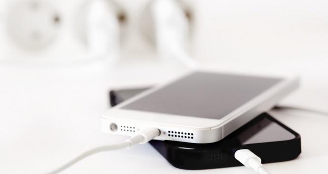 Telefonlar artık 1 dakikada şarj olacak