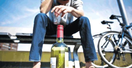 Gençlerde alkol,sigara ve hintkeneviri kullanımına DİKKAT