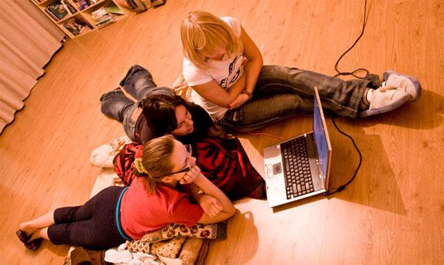 Çocukların Dijital Medya'yı güvenli kullanımlarında için 10 Altın Kural