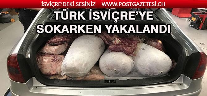 Türk Vatandaşı Gümrükte yakalandı