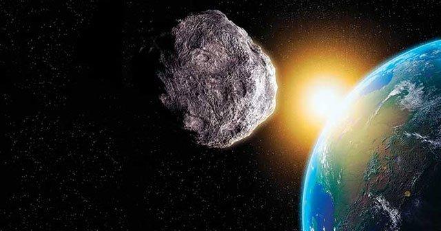 Dev göktaşı Dünya'ya mı çarpacak?