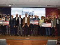 İsviçre'den kesin dönüş yapan öğrenci ödül kazandı