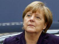Merkel: Türklerden Almanya'ya sadakat bekliyoruz