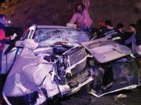 Gurbetçi aile kaza yaptı: 3'ü ağır 8 yaralı