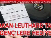 BAKAN LEUTHARD'TAN GENÇ'LERE HEDİYE