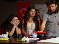 Türkiye burslusu öğrenciler Ankara Üniversitesi'nde medya atölyesine katıldı