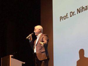 Nihat Hatipoğlu, İsviçre'de konferans verdi